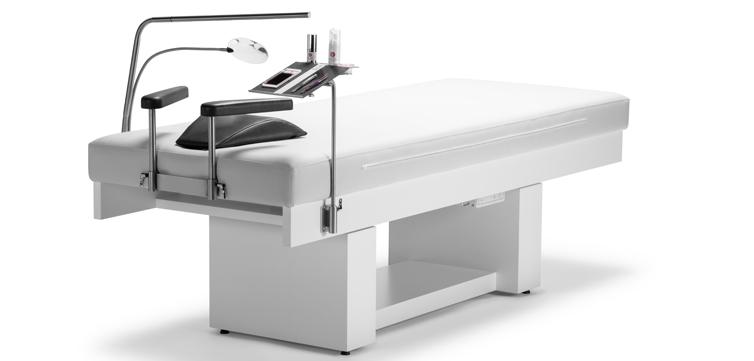 Innovativer und ergonomischer Komfort-Arbeitsplatz für Wimpernprofis